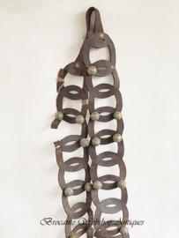 Oude lederen extra lange bellenband