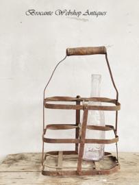Frans oud flessenrekje