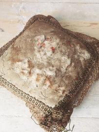 Frans antiek kussentje/ French antique little pillow