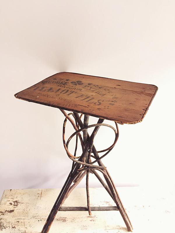 Brocante Klein Tafeltje.Frans Tafeltje Verkocht Brocante Webshop Antiques