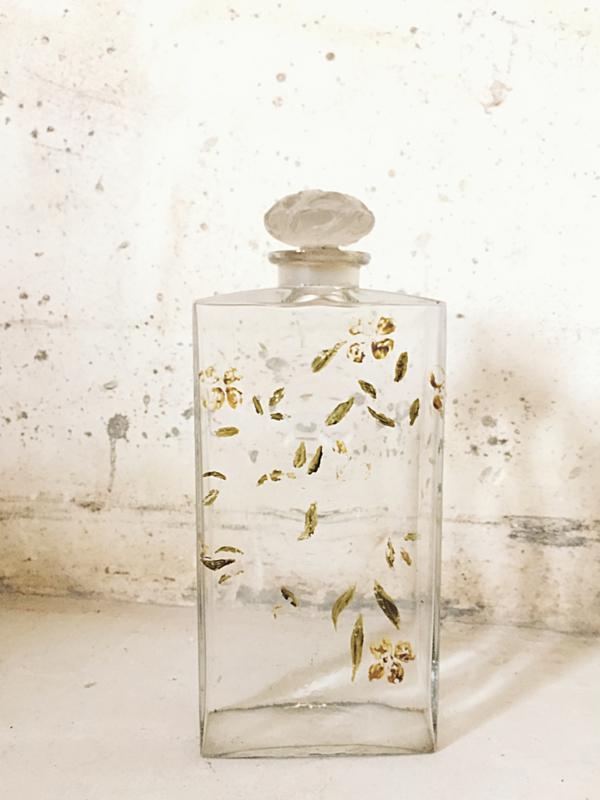 Franse parfumfles XXL