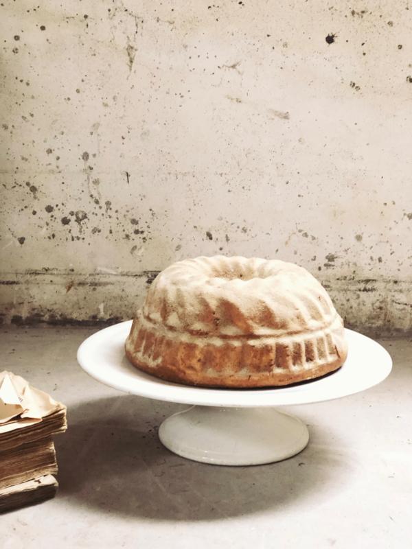 Cake plateau