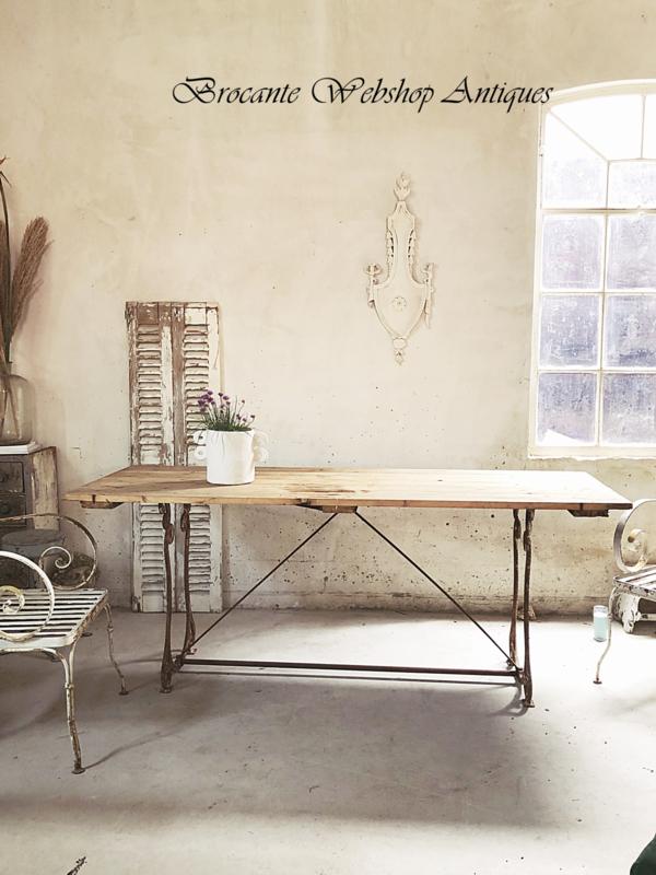 Prachtige franse lange tafel