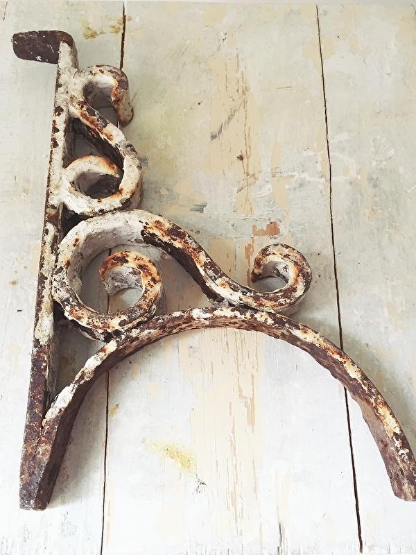 Ongebruikt Antiek gietijzeren ornament | - Woonaccessoires | Brocante Webshop WN-27