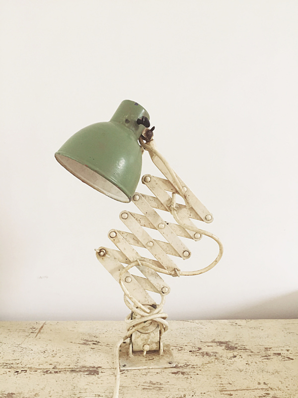 Uittrekbare leeslamp