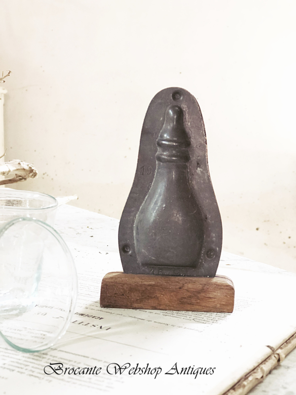 Old chocolate mold