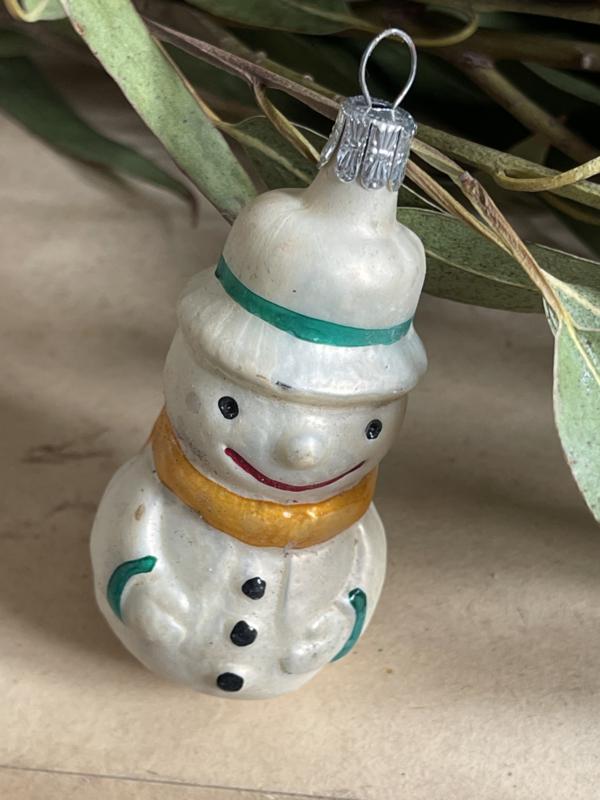 Oud sneeuwpopje