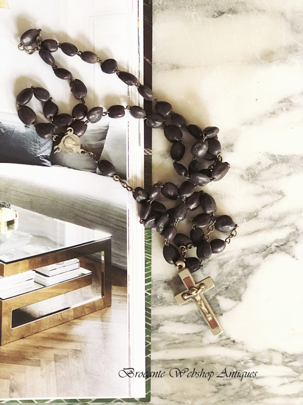 Old french rosary