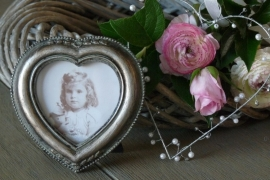 Fotolijstje van hout in romantische hartvorm van Clayre & Eef