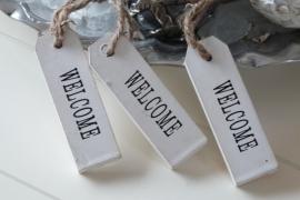 """Houten hangertje met de tekst """"Welcome"""""""