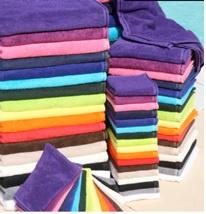 Luxe handdoek met naam 70 x 140 cm