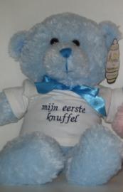 Knuffel beer met geborduurd shirtje