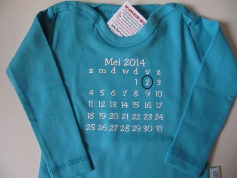 T-shirt lange mouw bedrukt met 'geboortedatum'