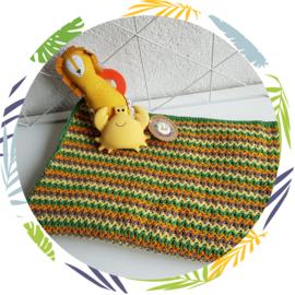 Gehaakt deken oranje , groen, geel, taupe
