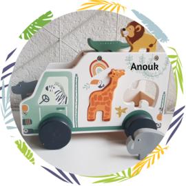 Houten safari auto vormenstoof