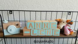 Letter blokken meisje  vierkant strak