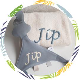 Handdoek met naam met tutpop snoes