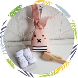 Rammelaar konijn  oliver zalmroze
