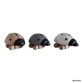 Houten lieveheersbeestje grijs - Kidsboetiek