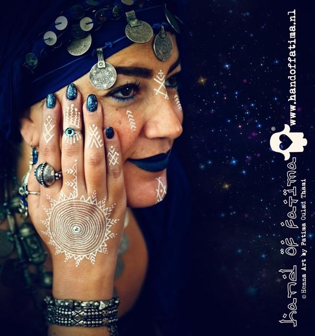 Witte Henna Waterproof Hand of Fatima