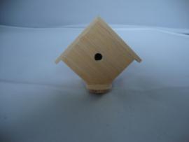 01875 Vogelhuisje blankhout. (20/21)