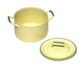 00576 Pan creme groen randje. (AG)