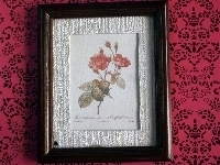 02704  Schilderij houten frame, 2 rozen (AP)