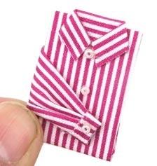 00890 Rood gestreept overhemd. (AT)