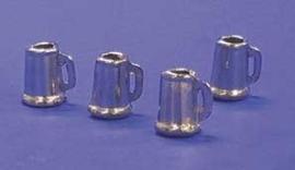 00668 Bierpullen, per 4, metaal. (AH)