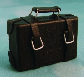 01079 Leren tas, koffer. (AQ)