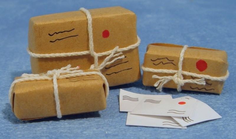 00359 Postpakket, 3 stuks. (AR)