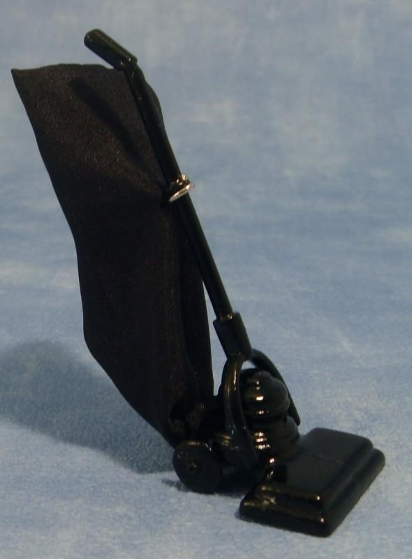00298 Stofzuiger, zwart. (AG)