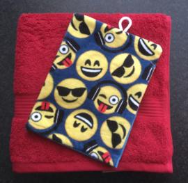 Handdoek met naam en  Smiley washandje