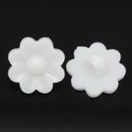 Bloemetje wit  16 x 17 mm