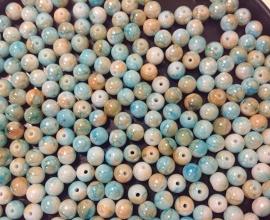 Turqoise Beige.   6 mm.  40 voor