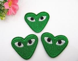 Hart Groen met ogen 4 x 3 cm per stuk € 0,40