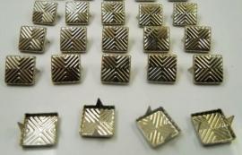 Vierkantje 9 x 9 mm  10 voor € 1.00
