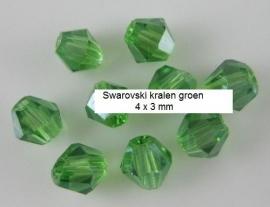 Swarovski groen 4 x 3 mm  30 voor € 2,00