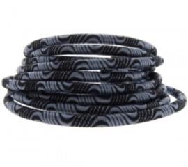 Zwart grijs.  25 cm