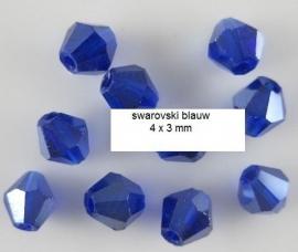 Swarovski Diep blauw  4 x 3mm 30 voor € 2,00