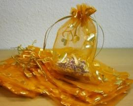 Oranje met gouden hartjes