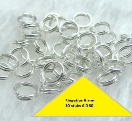 Dubbele ringetjes  6 mm 30 voor € 0,25