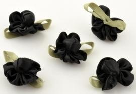 1. Bloem  Zwart 22 x 18 mm
