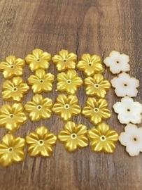 Goudgeel bloemetje  5 voor