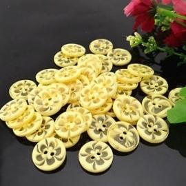Geel met transparante bloem per stuk € 0,09