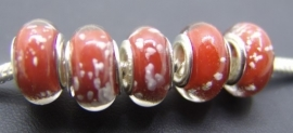 Oranje rood met wit