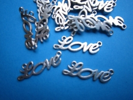 LOVE  33x12 mm per stuk € 0,25