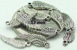 Vleugels 17 mm  € 0,07