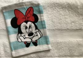 Handdoek met naam en Minie washandje