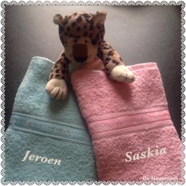 Handdoek met Its a girl + naam